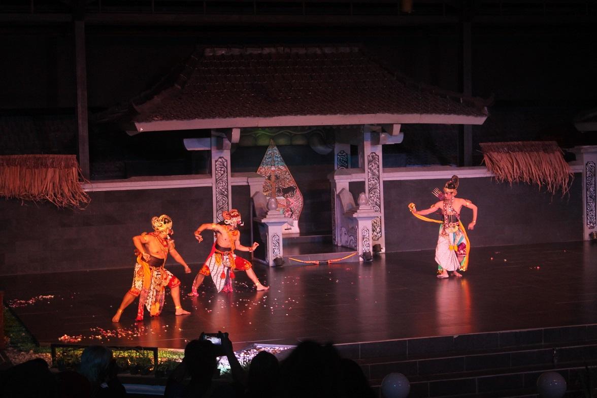 ラーマヤナ舞踊プラウィサタ