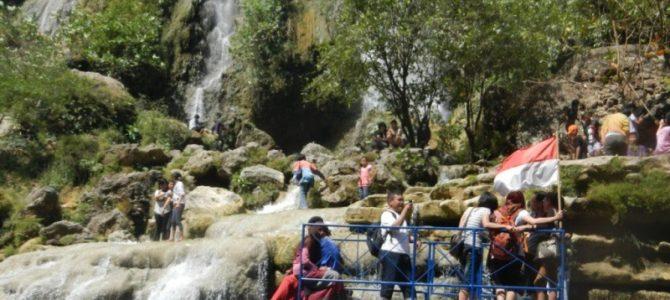 ⑪ピンドゥル洞窟とスリゲトゥの滝