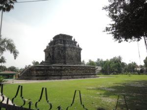 ムンドゥット寺院
