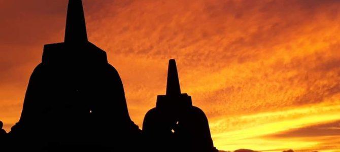 ⑤プランバナン寺院とボロブドゥールの夕陽